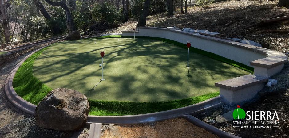 El-dorado-Hills-575-square-foot-putting-green