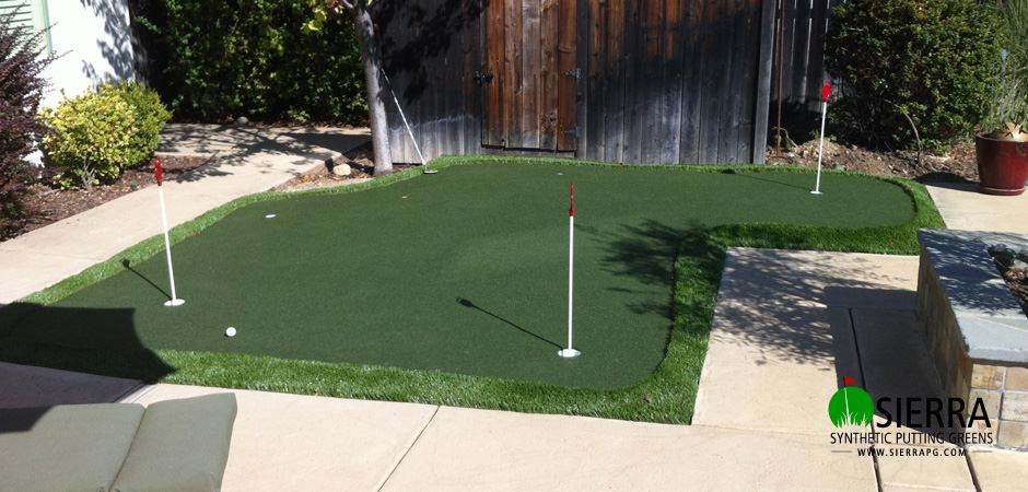 El-dorado-Hills-195-square-foot-putting-green