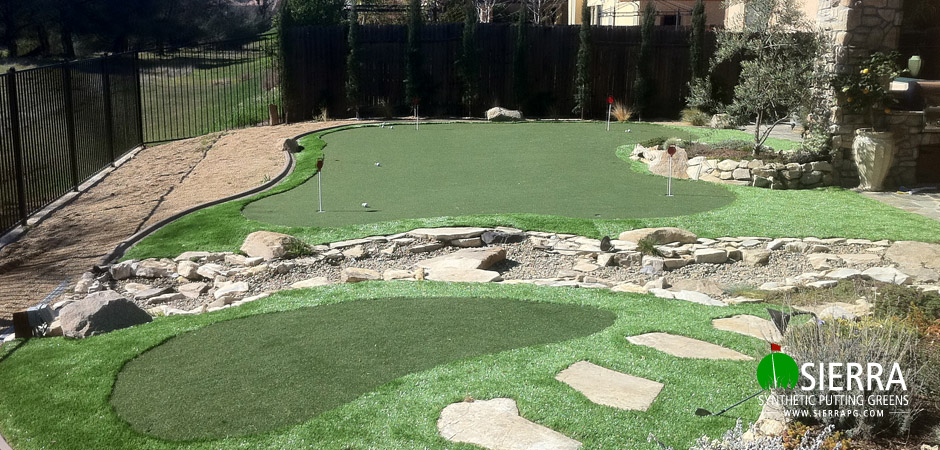 Roseville-800-square-foot-putting-green