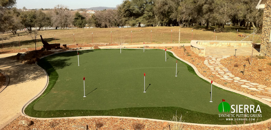 Shingle-Springs-1,250-square-foot-putting-green