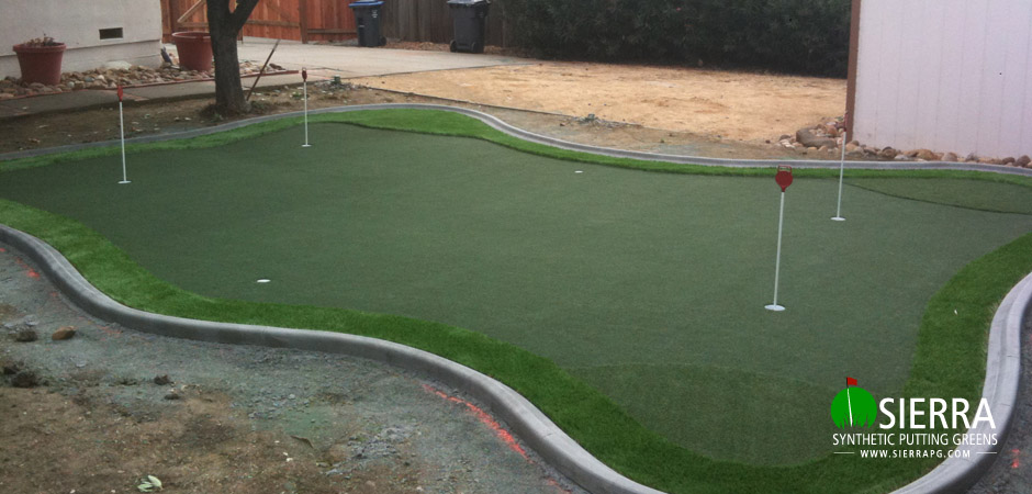 Vacaville-450-square-foot-putting-green