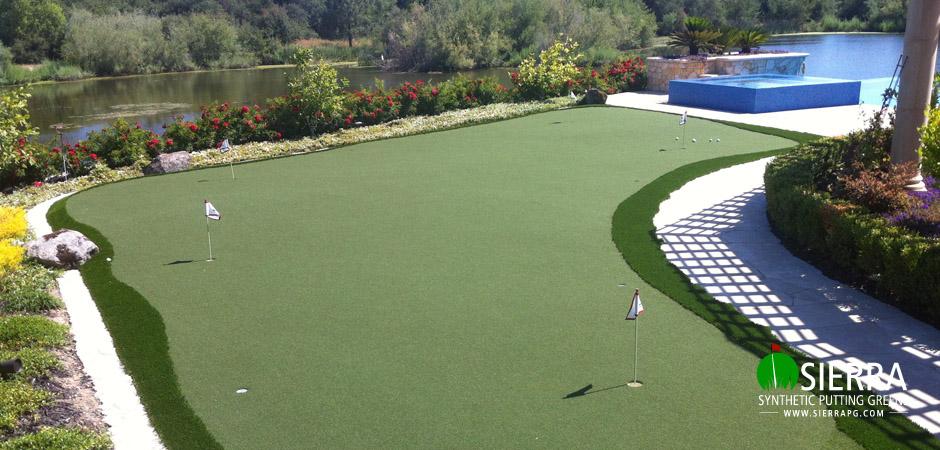 Granite-Bay-1,300-square-foot-putting-green