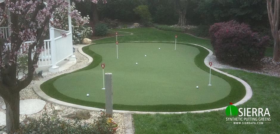 Granite-Bay-750-square-foot-putting-green