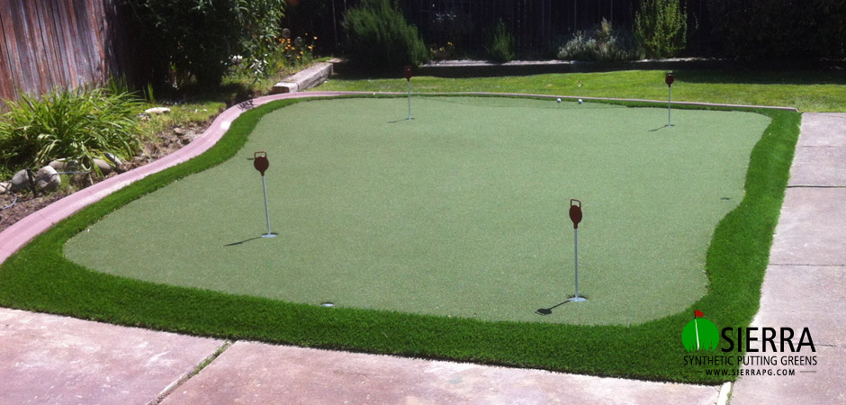Roseville-350-square-foot-putting-green