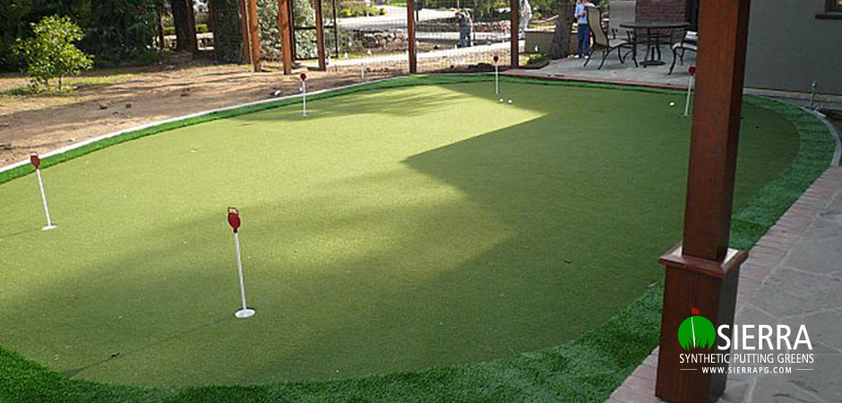 Sacramento-875-square-foot-putting-green