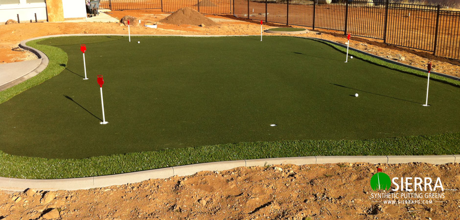 Shingle-Springs-900-square-foot-putting-green