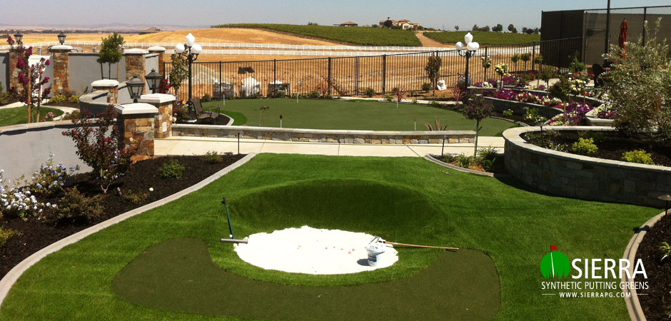 Wilton-1,200-square-foot-putting-green-1